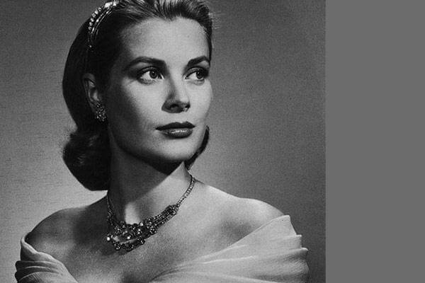 8 Celebrities Who Left the Limelight To discover Peace In Spirituality-Grace Kelly