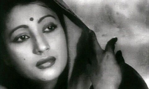 8 Celebrities Who Left the Limelight To discover Peace In Spirituality-Suchitra Sen