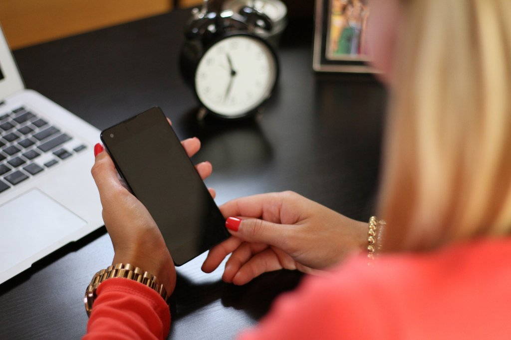 Ways to Use Your Smartphone Safely