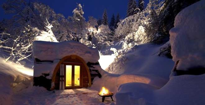 Smallest Hotel Rooms In The World #7