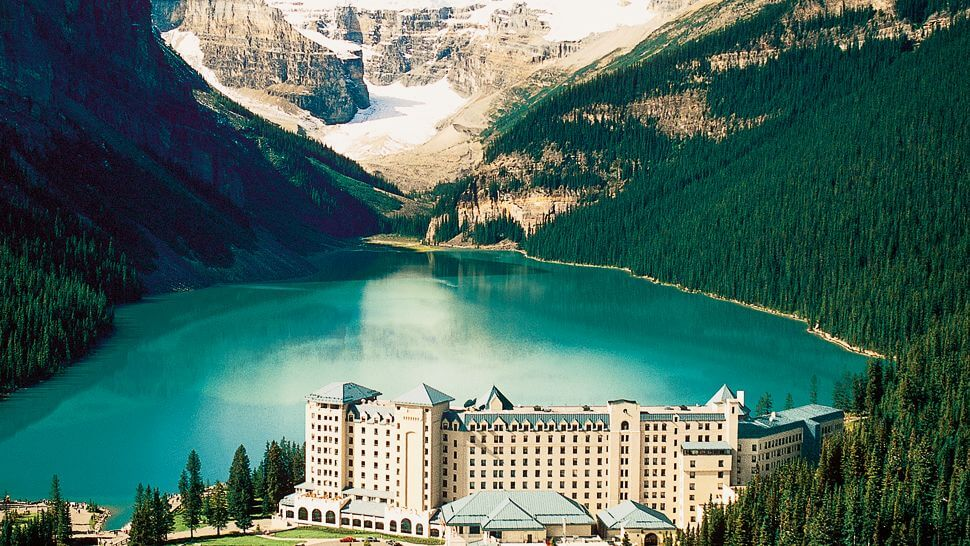 Top 10 Honeymoon Destinations in the World-Fairmont Chateau Lake Louise