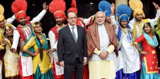 15 Very Funny Tweets About Narendra Modi Hanging Out With Francois Hollande