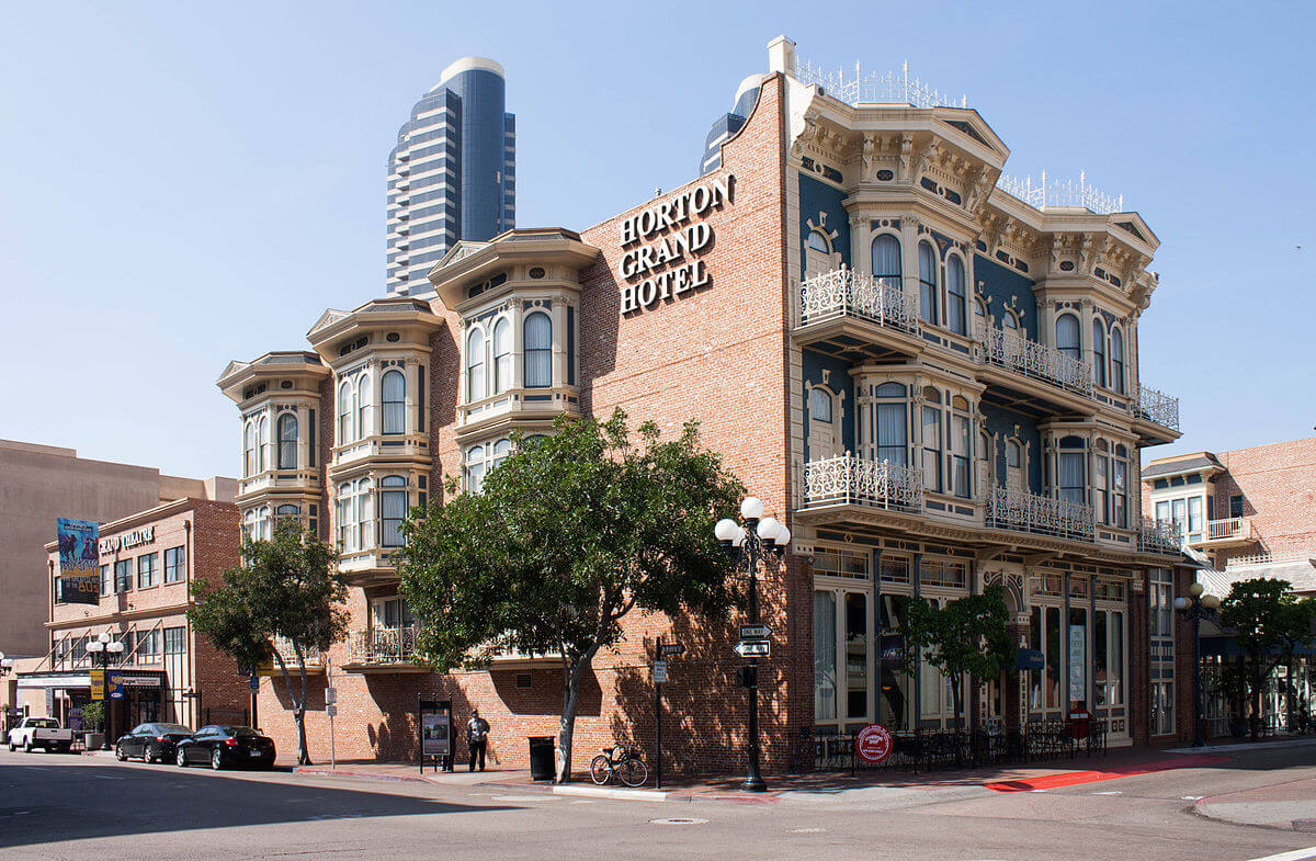 haunted places in america, Horton Grand Hotel, San Diego