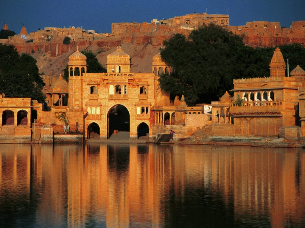 Top 10 Most Beautiful And Breathtaking Places In India Must See Once In Life