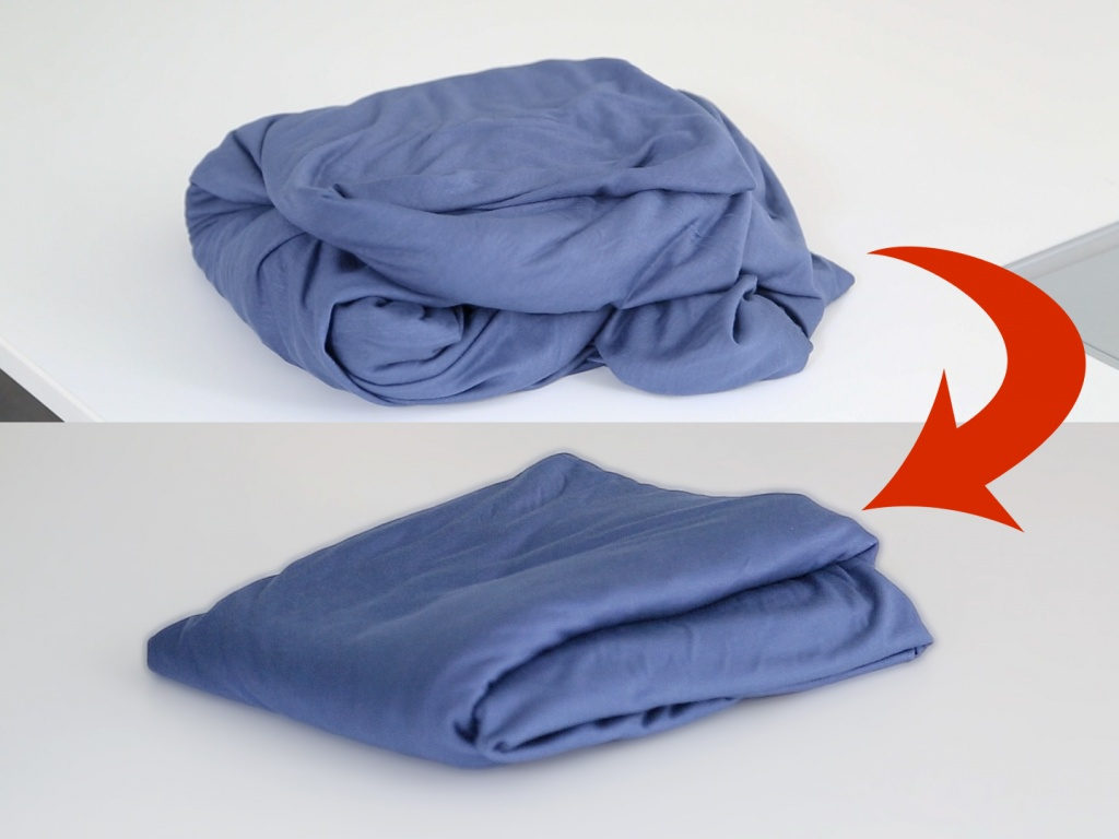 how to fold fitted sheets 1