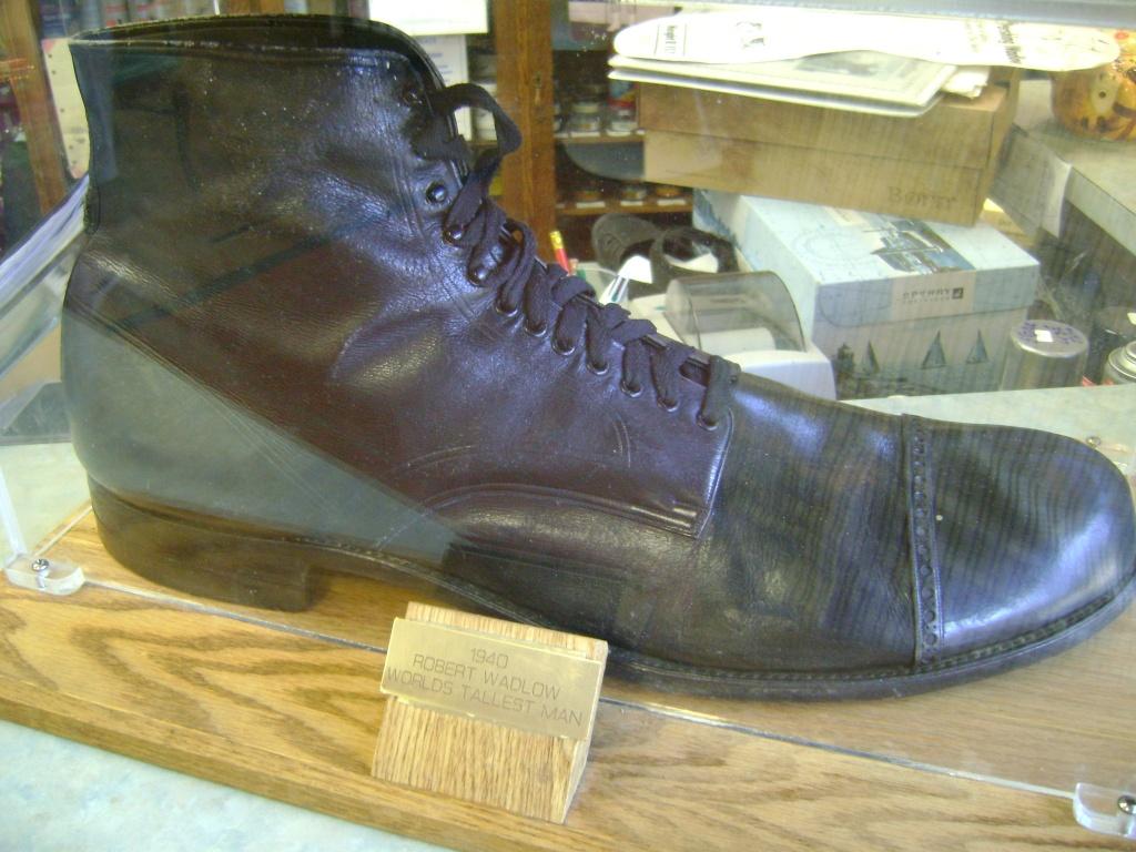 Robert Pershing Wadlow - Shoes
