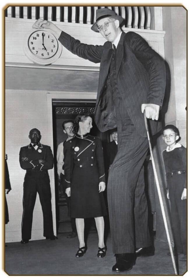 Robert Pershing Wadlow -  World's Tallest Man Ever