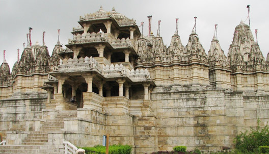 10 Religious Places In India Where Woman Are Not Allowed-JAIN TEMPLE - RAJASTHAN