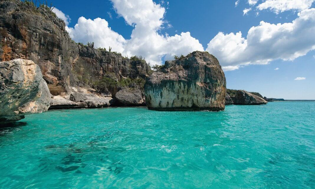 35 Places To Swim In The World's Clearest Water-Bahia De Las Aguilas - Dominican Republic