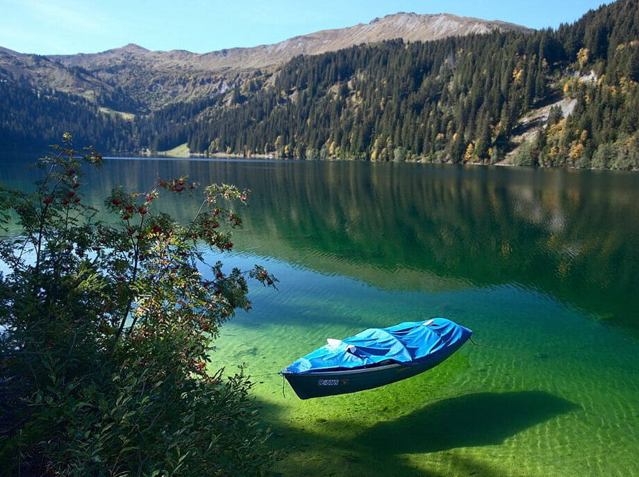 35 Places To Swim In The World's Clearest Water-Arnensee - Switzerland