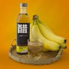 banana with vinegar to get rid of dandruff