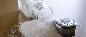 salt to get rid of dandruff