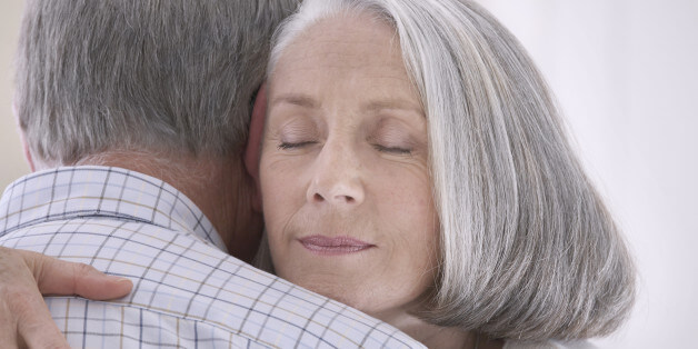 what to say when someone dies hug them