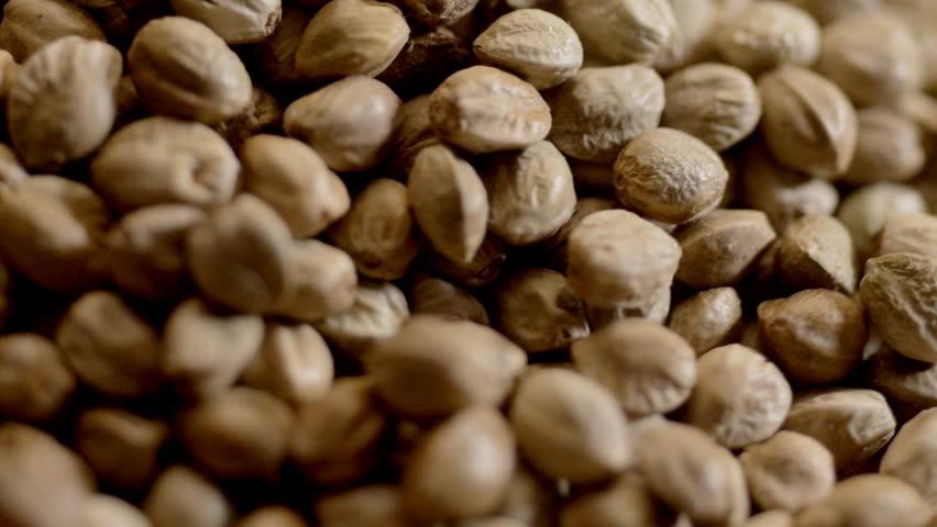 Hemp Seeds To Get Rid of Wrinkles