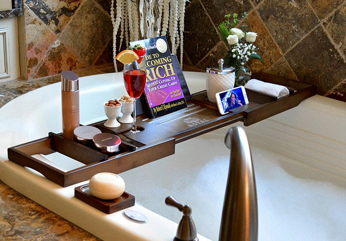 Luxury-Wooden-Bathtub-Caddy