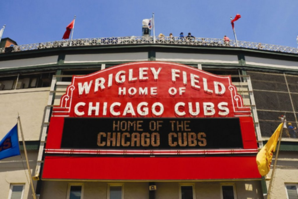 things to do in chicago at Wrigley Field