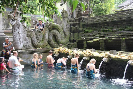 things to do in bali ,sacred waters of Tirta Empul
