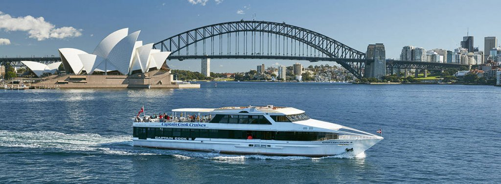 things to do in sydney: ferry ride