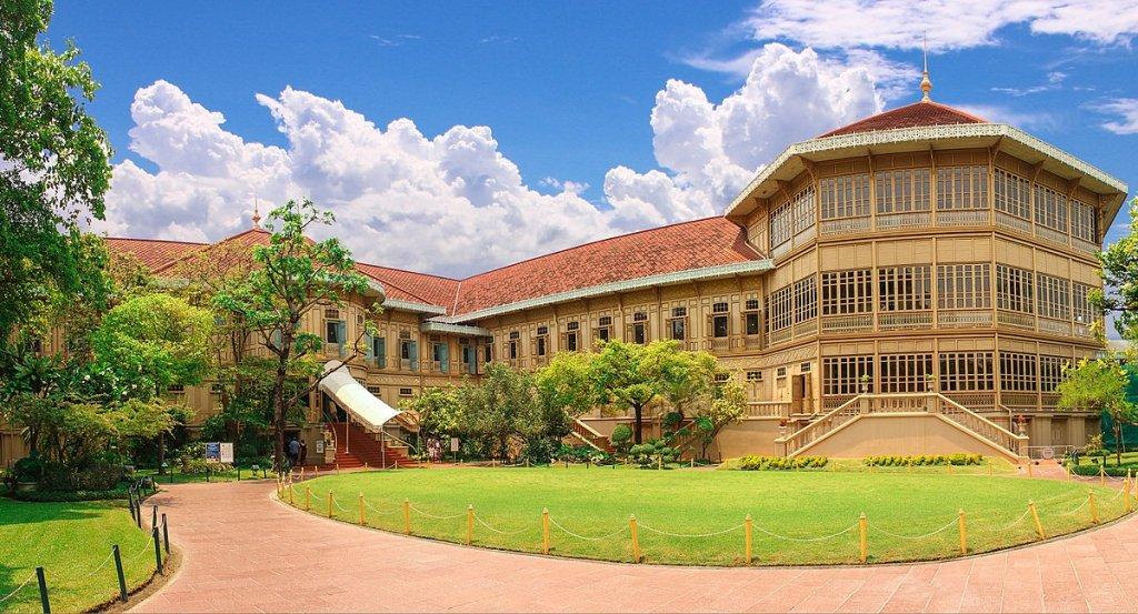 things to do in bangkok: Vimanmek Mansion
