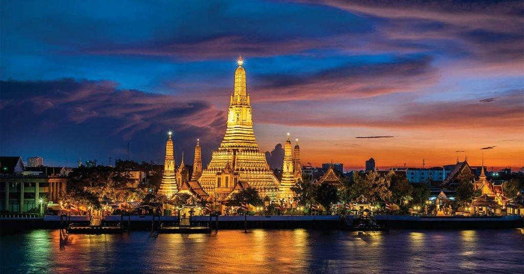 things to do in bangkok: Wat Arun