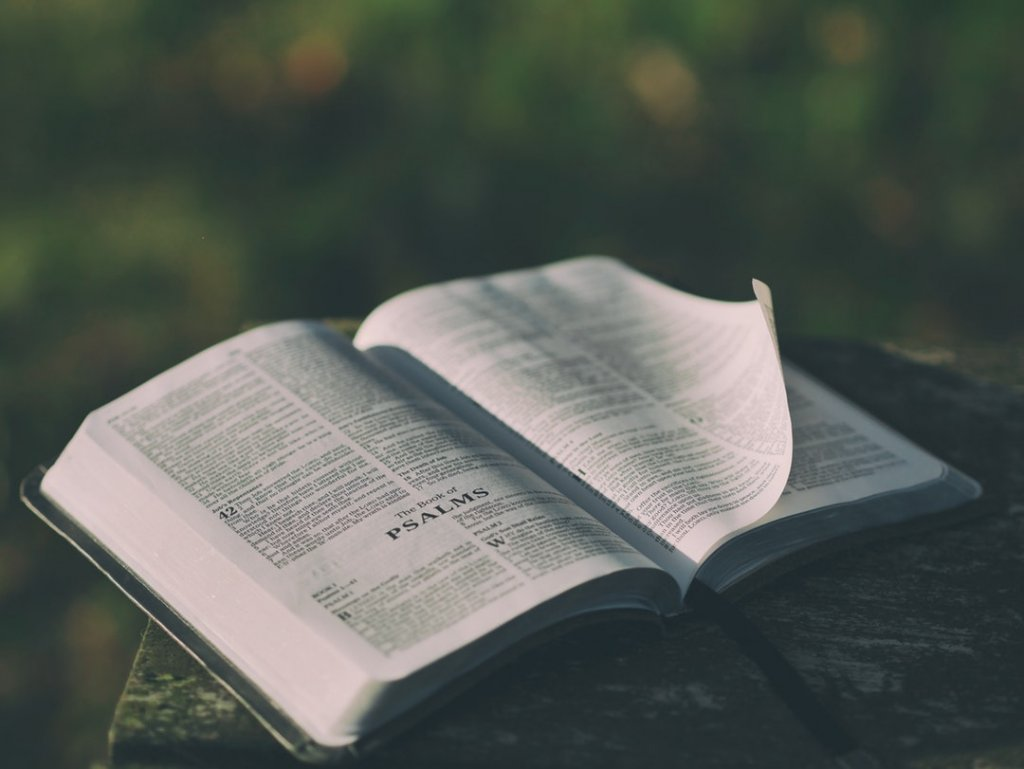 What Church Should I Go To A Complete Guide for Choosing a Church