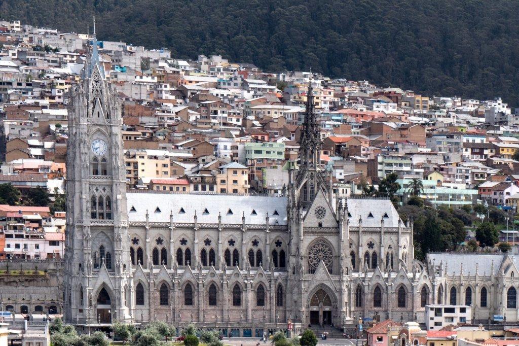 Exciting Escape: 8 Ecuador Travel Tips for a Memorable and Fun Experience