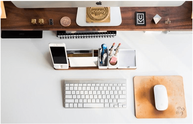 Tips to Maintain a Clean Workplace -Organize desk spaces