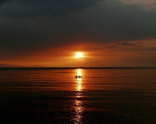 Watch The Sunset At Manila Bay