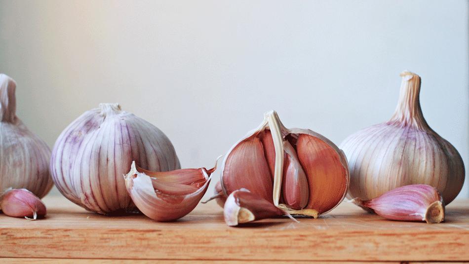health-benefits-garlic-raw