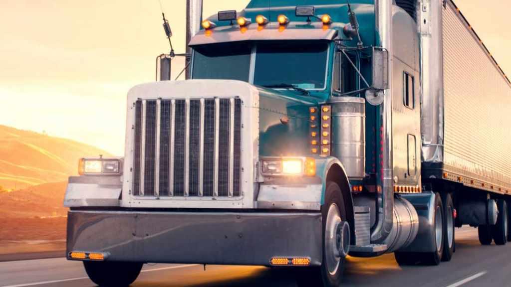 Top Tips for Beginner Truckers